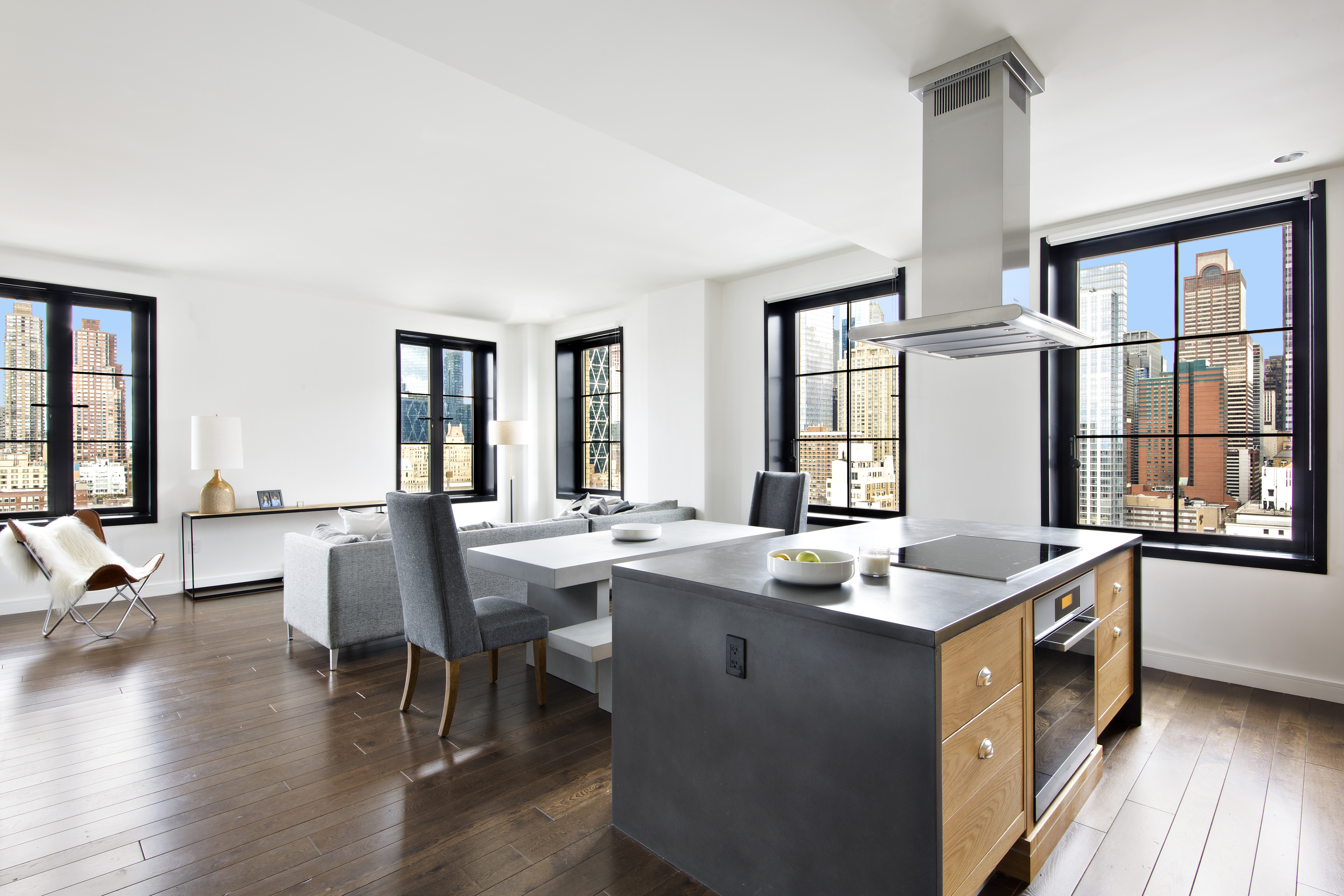 100 exclusive penthouse on new york luxury 2 for Hell s kitchen luxury apartments